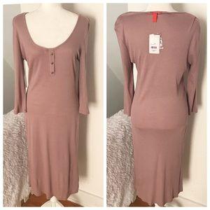 Chelsea & Violet Hensley T-Shirt Dress NWT ✨